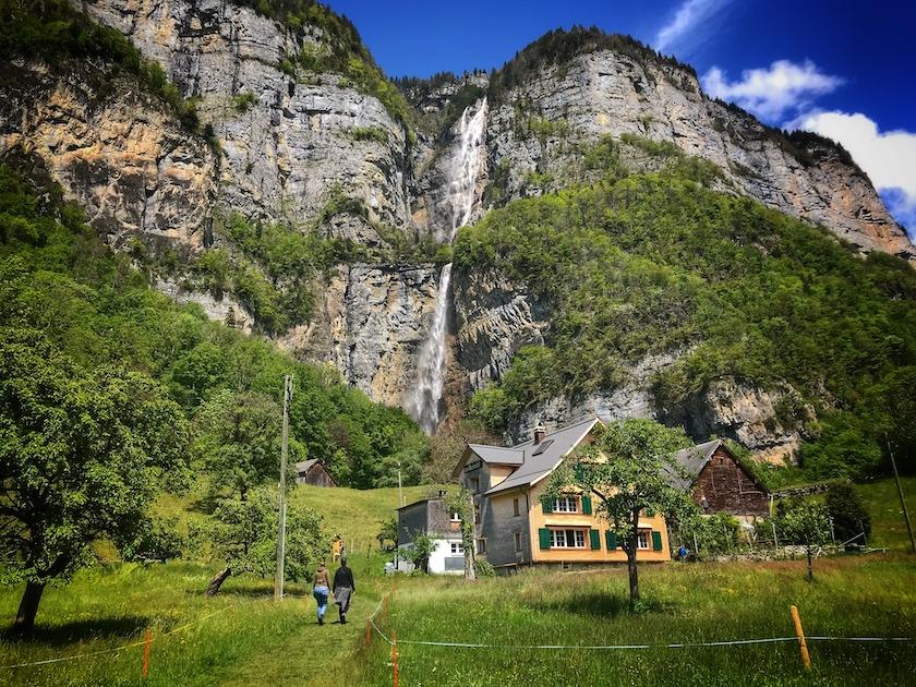 Die Seerenbachfälle gehören zu den höchsten Wasserfällen der Welt.