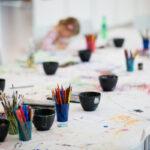 Kreativer Kindergeburtstag mit Basteln und Malen im Forum Würth Rorschach Ostschweiz