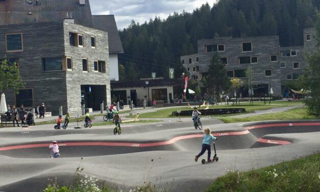 LAAX Baby! Familienferien für Biker und Bergliebhaber in der Region Flims Laax Falera