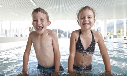 Wasserraten aufgepasst! Kindergeburtstag bei Schlechtwetter im Hallenbad Allmend